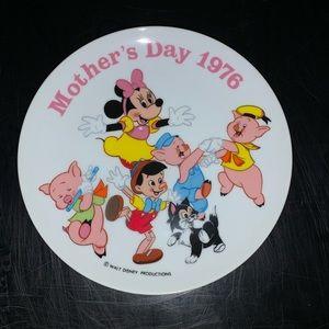 Disney Mother's Day 1976 vintage plate